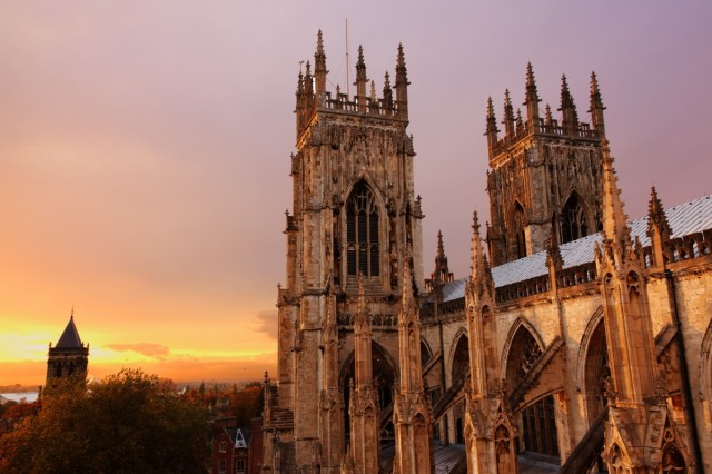 architecture_cathedral_church_city_dusk_evening_golden_historic-1153252.jpg!d